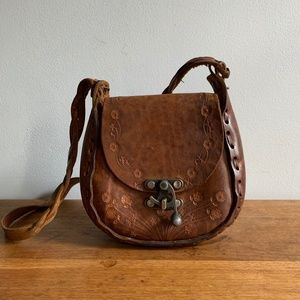 Vintage 70s Hand Tooled Leather Purse